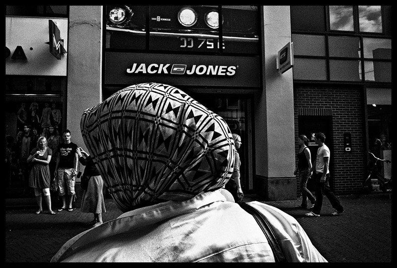 images, photographs, stroll photography, wouter brandsma, ricoh grd, ricoh grdigital, ricoh grd3, ricoh gr digital 3, ricoh grdiii, ricoh gr, photography, grd, grd3, snapshots, grd snapshot, ricoh grd photography, black and white, strolling, brandsma, , ricoh gr digital iii, impression by Wouter Brandsma
