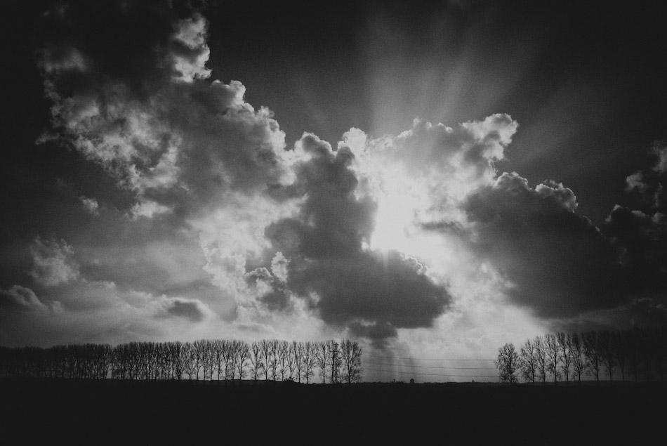 Light above the horizon