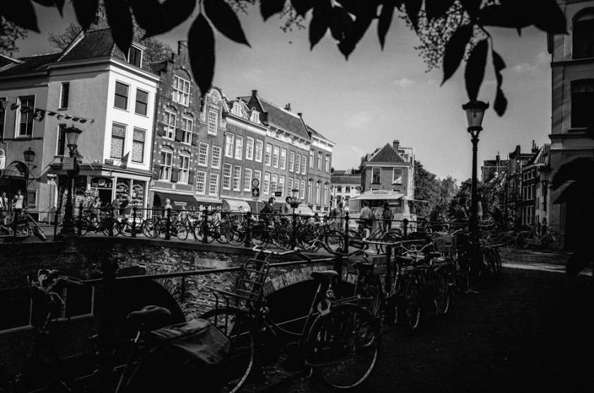 photography, photograph, street photography, stroll photography, street, canal, black and white, Utrecht, the Netherlands, bridge, ricoh gr, gr ricoh, pentax, pentax ricoh, light and shadow, ricoh gr digital, wouter brandsma