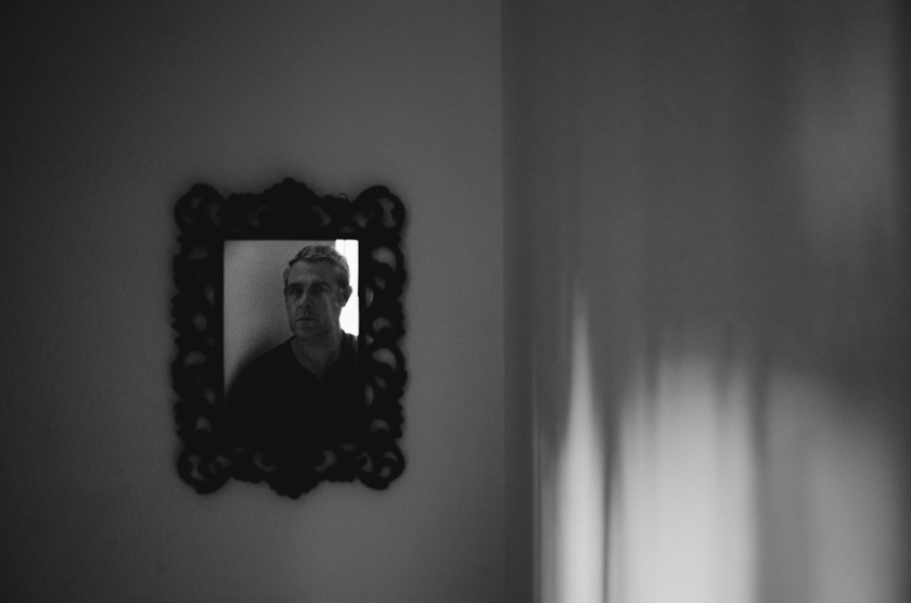 photography, photograph, stroll photography, Ricoh GR, GR, GR Ricoh, Pentax GR, Pentax Ricoh GR, Ricoh GR Digital, light, shadow, light and shadows, self portrait